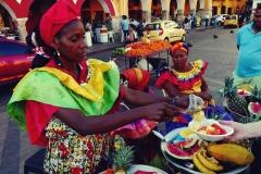 Ogólnie umiarkowanie miłe i liczą sobie za te owoce, które są w zasadzie biletem na zrobienie zdjęcia, jak za zboże