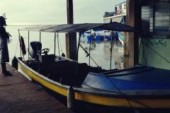 Nabrzeże w Bluefields - niestety nasza łódka nie miała takiego daszka...
