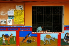 Guatape i zocalos - charakterystyczne zdobienia budynków