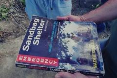 Podręcznik do budowy naturalnych schronów